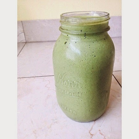 green smoothie_thumb[3]